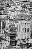 Elevador en Lisboa en blanco y negro o Elevador de Santa Justa Fotos de archivo