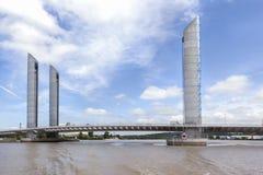 Elevatorbro Jacques Chaban-Delmas, Bordeaux, Frankrike Royaltyfri Fotografi