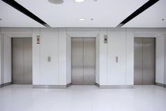 elevatore 3 nell'edificio per uffici Fotografia Stock