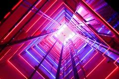 Elevatore di vetro variopinto fotografia stock libera da diritti