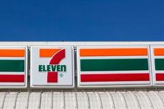 7-Eleven, ночной магазин Стоковое фото RF