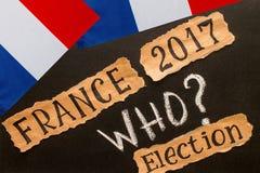 Elezione, FRANCIA, 2017, iscrizione sullo strato di carta lacerato fotografia stock libera da diritti