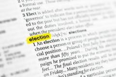 Elezione inglese evidenziata di parola e la sua definizione al dizionario fotografie stock