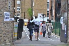 Elezioni generali di Londra del seggio elettorale degli elettori Fotografia Stock