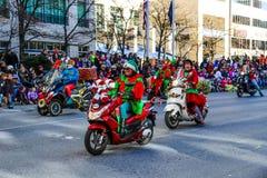 Elfes sur des scooters photographie stock libre de droits