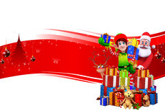 Elfi con Santa e molti regali nella priorità bassa rossa Immagine Stock Libera da Diritti