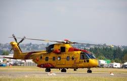 Elicottero canadese di salvataggio delle forze Immagini Stock