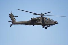 Elicottero del Apache durante il volo Fotografie Stock