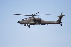 Elicottero del Apache durante il volo Immagine Stock Libera da Diritti