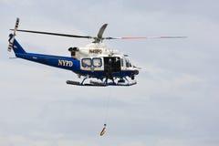 Elicottero di NYPD Fotografie Stock