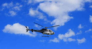Elicottero durante il volo Fotografie Stock