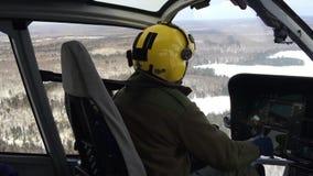 Elicottero pilota di volo video d archivio