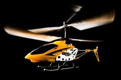 Elicottero radiofonico isolato sul nero Fotografia Stock Libera da Diritti