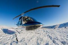 Elicottero sul Drakensburg fotografie stock