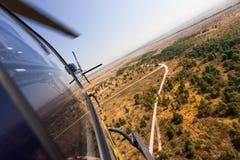Elicottero in volo Fotografie Stock