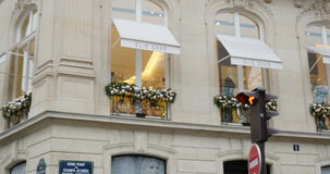 Elie绅宝高级女式时装房子在巴黎,法国 影视素材