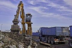 Eliminación de la ruina con Liebherr LH24 Imagen de archivo