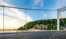 从Elisabeth桥梁的布达佩斯都市风景 库存图片