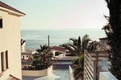 Elita luksusowy obszar zamieszkały na wybrzeżu zdjęcie royalty free