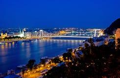 Elizabeth Bridge à Budapest Photo stock