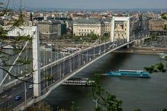 Elizabeth bro i den Budapest Ungern Royaltyfri Fotografi