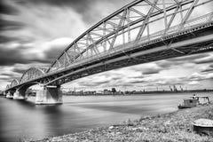 Elizabeth bro mellan Ungern och Slovakien Royaltyfri Foto