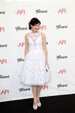 Elizabeth McGovern arriving at the AFI Life Achievement Award Honoring Shirley MacLaine Royalty Free Stock Photos