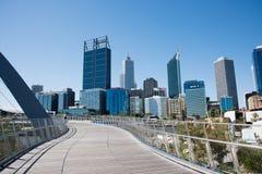Elizabeth Quay Bridge e paesaggio urbano Fotografia Stock