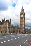 Elizabeth Tower som är bekant som Big Ben i London Arkivfoto