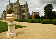 Elizabethan mansion garden Royalty Free Stock Photos