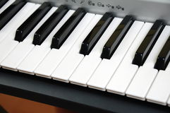 elkraften keys pianot royaltyfri foto