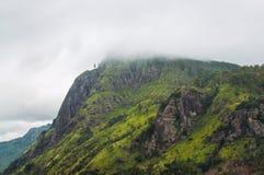 Ella Rock im Nebel, Sri Lanka Stockbilder