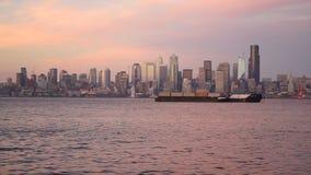 Elliott Bay Puget Sound Shimmers-Dämmerung Seattle Washington Downtown City Skyline stock video