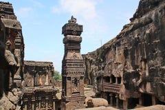Ellora Caves, o templo hindu cinzelado pedra de Kailasa, não cava nenhum 16, Índia Fotografia de Stock Royalty Free