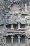 Ellora grottor, den forntida hinduiska stenen sned templet, grottan inga 16, Indien Royaltyfri Fotografi