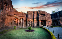 Ellora grottor i Indien Arkivfoto