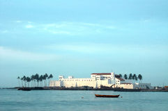 Elmina Castle across the water Stock Photography