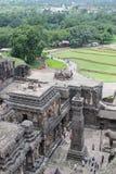 Elora grottor, den Kailasa templet, den forntida hinduiska stenen sned templet, grottan inga 16, Indien Arkivbilder