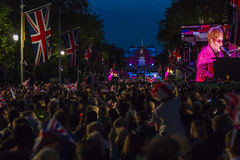 Elton John, Diamond Jubilee Concert fotografia stock libera da diritti