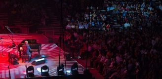 Elton John onderhoudt in Singapore, toont één 2011 Royalty-vrije Stock Afbeeldingen