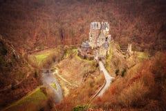 Eltz slott i Wierschem Arkivfoton