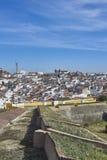 Elvas,阿连特茹,葡萄牙老镇的看法  免版税库存照片