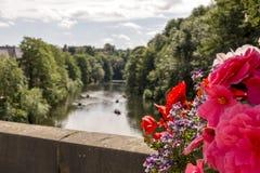 Elvet-Brücke über der Fluss-Abnutzung - Durham lizenzfreie stockfotografie