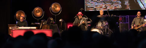 Elvis Costello & os Imposters em Park's central SummerStage - 6/15/2017 Imagem de Stock