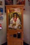 Elvis Presley увиденный на трассе 66 Пегги Сью Американа воодушевил обедающий в Yermo, Калифорнии о 8 милях вне Barstow стоковые фото