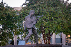 Elvis Presley Statue in Memphis. MEMPHIS, USA - NOV 13: Elvis Presley Statue in Elvis Presley Plaza, Memphis, TN on November 13, 2016 Royalty Free Stock Photos