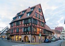 Elzassisch stijlhuis in Molsheim, de Elzas, Frankrijk royalty-vrije stock afbeeldingen