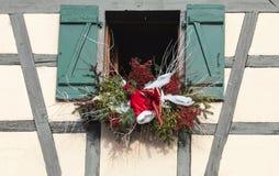 Elzassische Kerstmisdecoratie Stock Afbeeldingen