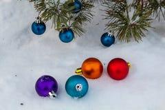 Em antecipação ao feriado Inverno frio Ano novo imagens de stock royalty free