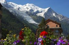 Em Chamonix, alpes franceses, France imagens de stock